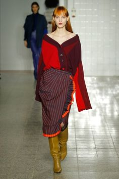 http://www.vogue.com/fashion-shows/fall-2017-ready-to-wear/erika-cavallini/slideshow/collection
