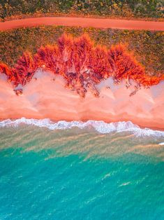 We are looking for upcoming photography talent Tag your favorite travel photographer below. Who else wants to enjoy their Sunday on this exact pink beach in Broome Western Australia? Drone Photography, Travel Photography, Photography Ideas, Broome Western Australia, Tips For Traveling Alone, Nature Iphone Wallpaper, Iphone Wallpapers, Live Wallpapers, Voyager Seul