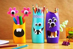 old shampoo bottles into adorable pencil holders with our simple instructions. Turn old shampoo bottles into adorable pencil holders with our simple instructions.Turn old shampoo bottles into adorable pencil holders with our simple instructions. Kids Crafts, Diy And Crafts, Craft Projects, Craft Ideas, Craft Art, Décor Ideas, Diy Art, Decorating Ideas, Reuse Plastic Bottles