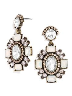 Perfect symmetry lends sophistication to these drop earrings.