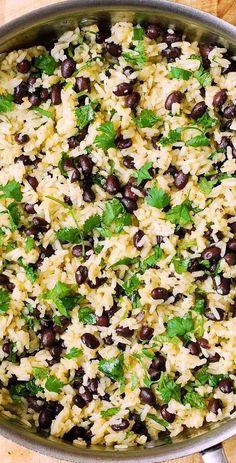 Cilantro-Lime Black Bean Rice - perfect side dish for grilled meats! Cilantro-Lime Black Bean Rice - perfect side dish for grilled meats! Mexican Food Recipes, Whole Food Recipes, Vegetarian Recipes, Cooking Recipes, Healthy Recipes, Lime Recipes Dinner, Vegan Black Bean Recipes, Brown Rice Recipes, Black Bean Side Recipe