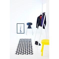 Gunnel plastmatta, svart från Brita Sweden – Köp online på Rum21.se