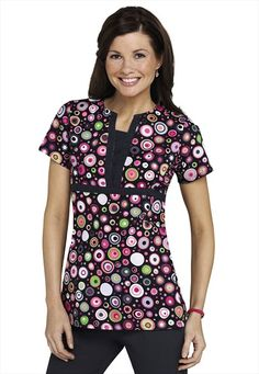 Scrub Works Funky Dot print scrub top. Plus link to more Grey's Anatomy scrubs.