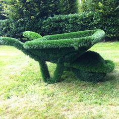 De gardens of Appeltern, The Netherlands / #wheelbarrow #topiary #gardenart