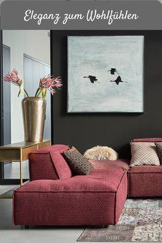 Das Megasofa Square vom Label Easy Sofa präsentiert sich trendbewusst in Rot- und Rosanuancen. Neben verschiedenen Farbabstufungen sind die Elemente des Ecksofas mit unterschiedlichen Stoffen bezogen. Die Eckcouch hat ein Stellmaß von ca. 243 x 337 cm und eine komfortable Sitztiefe von ca. 65 cm. Andermatt, Big Sofas, Chenille, Square, Modern Living, Chair, Furniture, Home Decor, Pink