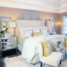 These 4 Living Room Trends for 2019 – Modells. Glam Bedroom, Room Ideas Bedroom, Home Decor Bedroom, Living Room Decor, Master Bedroom, Luxury Bedroom Design, Interior Design, Affordable Home Decor, Luxurious Bedrooms