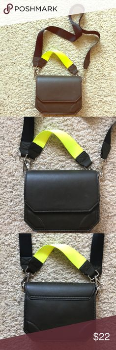 """ZARA NEON DOUBLE STRAP CROSSBODY/SHOULDER BAG 🐍 Zara double strap crossbody bag. The bag itself is a deep green- looks more like black. Both straps are removable. Used once- great condition! Only minor thing is on the bottom the fabric buckled a bit- totally unnoticeable. L: 8"""" H: 6.5"""" W: 3"""" Zara Bags Crossbody Bags"""