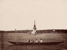 Kız Kulesi (1870'li yıllar olabilir. Pascal Sebah) Fotoğrafın sağında Cihangir Camii'nin eski hali görünüyor. pic.twitter.com/rAK7lNYZ9U