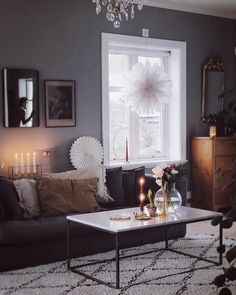 Snöblomma adventsstjärna från Watt & Veke | Nordic Nest Christmas Interiors, Idee Diy, Beautiful Interior Design, Nordic Design, Scandinavian Home, Interior Exterior, Home Living Room, Sweet Home, Modern
