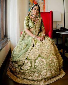 Indian Wedding Bride, Saree Wedding, Indian Weddings, Lehenga Choli Latest, Indian Bridal Photos, Bridal Lehenga Collection, Indian Bridal Lehenga, Designer Sarees Online, Lehenga Designs