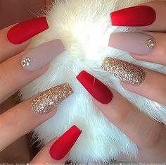 Chistmas Nails, Xmas Nails, Holiday Nails, Cute Christmas Nails, Christmas Nail Designs, Christmas Manicure, Christmas Colors, Halloween Nails, Red Nail Art