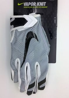 bdf151a7a0a NIKE VAPOR KNIT MAGNIGRIP GRAY FOOTBALL GLOVES PAIR (ADULT MEDIUM) -- NEW