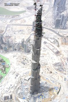 Burj Khalifa during construction
