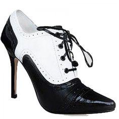 Manolo Blahnik Oxford Black-White Ankle Boots   http://www.euroshoesdress.com/manolo-blahnik-oxford-blackwhite-ankle-boots-p-9639.html