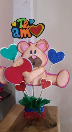 muy bonito Valentines Surprise, Homemade Valentines, Valentine Crafts, Diy And Crafts, Crafts For Kids, Balloon Gift, Art N Craft, Balloon Decorations, Paper Piecing