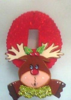 adornos para los apagadores en foami - Buscar con Google Preschool Christmas, Christmas Crafts, Christmas Ornaments, All Things Christmas, Christmas Holidays, Xmas, Felt Christmas Decorations, Holiday Decor, Merian