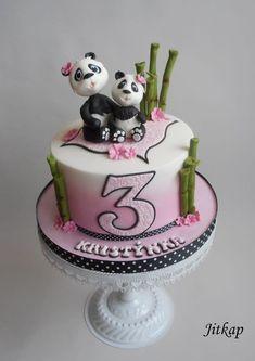 Panda cake - cake by Jitkap