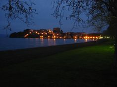 Vista notturna di Capodimonte