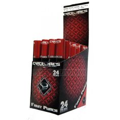 La reconocida marca Clycones presenta sus blunts similares a puros de 10,50 cm con forma cónica para llenar.  Una unidad de blunt con boquilla y empujador en una funda de plástico duro.  Sabor: PONCHE DE FRUTA Precio: 1,00 €.