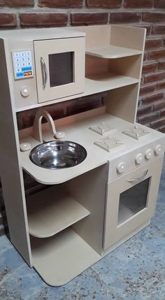 Children Furniture Diy Toy Kitchen 54 Ideas For 2019 Wooden Dolls House Furniture, Cardboard Furniture, Barbie Furniture, Dollhouse Furniture, Kids Furniture, Apartment Furniture, Antique Furniture, Cardboard Kitchen, Cardboard Crafts