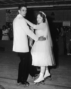1950's  Rollerskating newlyweds #laurelridgecc #vintageweddingphotos