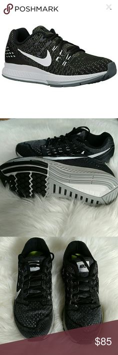 New Women Nike size 9,5 New Women Nike Zoom Structure 18, no box lid .These fun shoes are made for running and are very comfort.They are size 9,5 and are true to size. Nike Shoes Sneakers