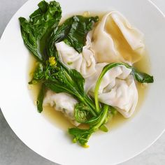 Shrimp & Chinese Chive Wonton Soup Asian Recipes, Healthy Recipes, Ethnic Recipes, Chinese Recipes, Healthy Soups, Healthy Dinners, Delicious Recipes, Healthy Food, Soup Recipes