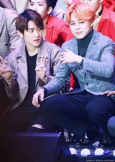 Jimin + Baekhyun. La cara de Baekhyun... Lol