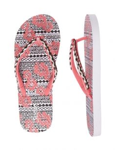 Get warm-weather ready with girls' flip flops from Justice. Find everything from beaded flip flops to vibrant colors & prints! Justice Shoes, Justice Clothing, Girls Flip Flops, Flip Flop Shoes, Girls Sandals, Girls Shoes, Shop Justice, Clearance Shoes, Tween Girls