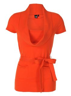 I am not much of an orange person but I would totally wear this