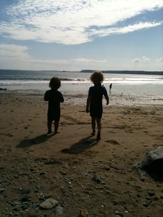 Things to do in Cornwall with young children - Free Range Explorers Camping Holiday, Family Camping, Things To Do In Cornwall, Holidays In Cornwall, Free Range, Young Children, Explore, Sunset, Beach