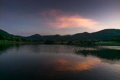 Twilight over lake Khao-wong Thailand [OC][3463  2309]