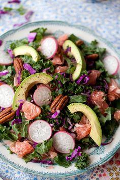 Kale Pomelo & Pecan Salad: loaded with winter's seasonal bounty (raw, vegan).