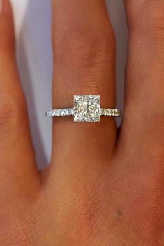 Carat (ctw) Princess Cut Diamond Engagement Rings for women and Wedding Band Set in White Gold – Jewelry & Gifts Engagement Solitaire, Princess Cut Rings, Princess Cut Engagement Rings, Beautiful Engagement Rings, Engagement Ring Cuts, Princess Cut Diamonds, Vintage Engagement Rings, Princess Wedding, Vintage Princess