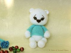Naughty-or-Nice-Holiday-Bears-Free-Amigurumi-Pattern---Tales-of-Twisted-Fibers