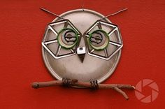 owl  This is so amazing!  Made out of different untensils and kitchen goodies....great idea!