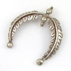 Vintage Navajo Handmade Sterling Silver Leaf Naja Pendant | G M