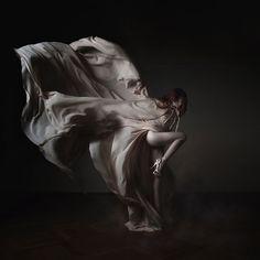 Sylwia Makris- flow