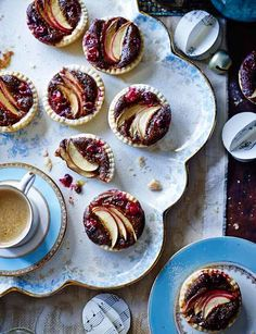 Nothing says Christmas like these sticky toffee apple mince pies