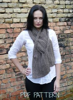 CROCHET PATTERN - Crochet Scarf pattern  / PDF format Pattern / by mailo. Explore more products on http://mailo.etsy.com