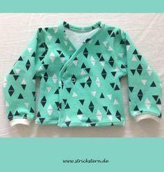 Kostenloses Schnittmuster Baby Jacke - einfaches Jäckchen bzw. Weste für ein Neugeborenes nähen - Anleitung für Jersey oder Sweat Stoffe.