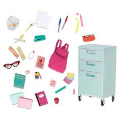 Superb Our Generation Elementary Class School Supplies Deluxe Playset Now At Smyths Toys UK! Buy Online Or Collect At Your Local Smyths Store! We Stock A Great Range Of Our Generation At Great Prices. American Girl Doll Room, American Girl Crafts, American Doll Stuff, American Girl Doll Things, American Girl Accessories, School Accessories, Accessories Online, Child Doll, Girl Dolls