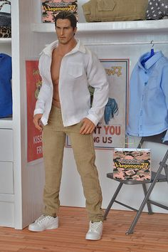 1/ 6 scale Hot Toys TTM 20 action figure in corduroy pants and shirt with real buttonholes