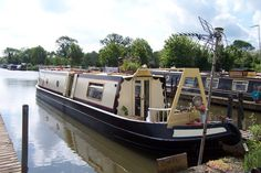 Exterior canal boat