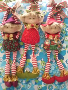 16 Awesome Ideas for DIY Christmas Decorations Art and Craft Christmas Gnome, Christmas Sewing, Christmas Fabric, Christmas Elf, Handmade Ornaments, Holiday Ornaments, Elf Doll, Navidad Diy, Soft Dolls