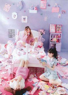 47 ideas room decor pastel goth posts for 2019 Harajuku Fashion, Kawaii Fashion, Lolita Fashion, Cute Fashion, Popteen, Pose Reference Photo, Kawaii Room, Gyaru, Pastel Goth