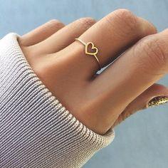 Delicate rings, heart rings