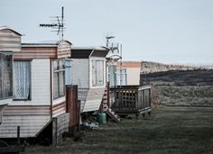Trailer parks have a seedy reputation. But for more and more Americans, they're a source of affordable housing. -Watch Free Latest Movies Online on Trailer Park, Mobile Home Parks, Mobile Homes, Mobile Living, Looking For Alaska, Affordable Housing, Small Towns, Retro, Shed