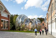 Bombay Sapphire Distillery: Heatherwick Studio Give a New Lease of Life to a Derelict Site in Laverstoke | Archute