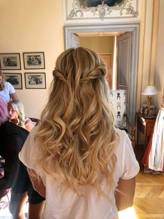 Min bröllopsfrisyr. Bridesmaid Makeup, Wedding Hair And Makeup, Just Married, Hair Band, Pretty Little, Wedding Hairstyles, Babe, Long Hair Styles, Inspiration